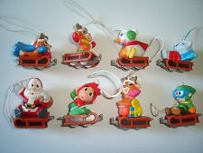 CHRISTMAS BOBSLEIGH RIDE 2009 KINDER SURPRISE FIGURES - XMAS DECORATION