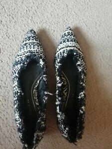 Zara Flat Shoes Size 6