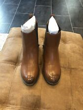 Rocket Dog Camilla Womans Brown Chelsea Boots Size 7.5/8 Euro 41
