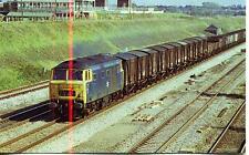 Hymek diesel locomotive D7093 Iver Buckinghamshire 1974 unused OPC postcard