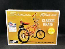 "MPC Schwinn Sting-Ray Classic ""Lemon Peeler"" Bicycle 1:8 Scale Model Kit 914 NIB"