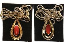 Bernstein Halskette und Anhänger mit roter Koralle, vergoldet, Länge ca. 60cm,