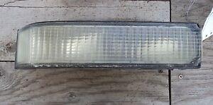 1988-1999 Chevy GMC C1500 c2500 c3500 Yukon >< Park/Turn Light >< Right Side