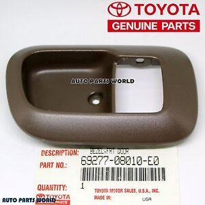 GENUINE TOYOTA 98-03 SIENNA FRONT RIGHT DOOR INSIDE HANDLE BEZEL 69277-08010-E0