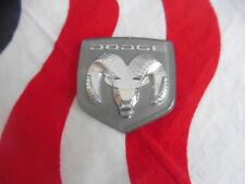 US EMBLEM DODGE RAM WIDDER CHRYSLER Auto Car PKW Badge Emblem Modell Typ of USA