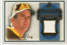 GAYLORD PERRY 2009 SP LEGENDARY CUTS BLUE GAME-USED MEMORABILIA CARD 29/100