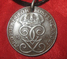 VINTAGE ANTIQUE 25MM IRON SWEDISH SWEDEN COIN CROWN PENDANT NECKLACE