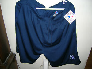 NEW YORK YANKEES ADULT NAVY BLUE MESH POLYESTER SHORT BY MAJESTIC SIZE LARGE