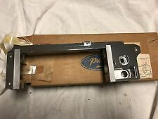 NOS 1980 EOVY-18842-C FORD MERCURY LINCOLN CONTINETIAL RADIO BEZEL