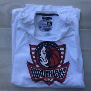Dallas Mavericks Team Issued Hoops For Troops T-Shirt 2XLT #7 Dwight Powell