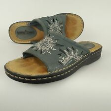 MINNETONKA Faded Blue Embroidered Leather Slides Sandals Sun Cut Outs Sz 5 M