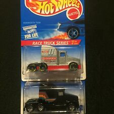 Hot Wheels Kenworth Big Rig T600A Lot of 2