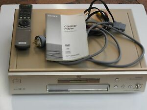 SONY DVP-NS999ES CD / SACD / DVD Multi-Channel Video Player with Remote & Manual