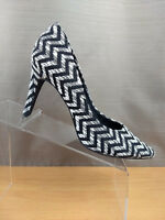 Women's Seychelles Pumps Size 8.5 Black White Chevron Fabric Print High Heels