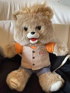 Teddy Ruxpin 26000 Interactive Bear