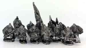 Dwarf Battleset (12 figures) 28mm Unpainted Metal Wargames