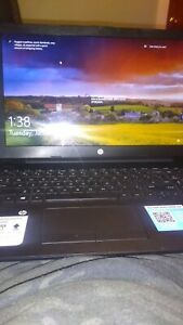 Hp laptop touch screen 15.6 1Tb of storage