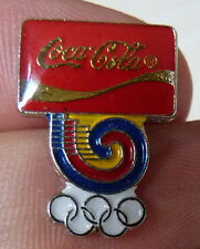 BEAU PIN'S SPORT JEUX OLYMPIQUES 1988 SEOUL PUB COCA COLA FOND ARGENT