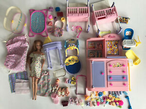 Lot Pregnant Midge Barbie Doll Twins 4 Babies Belly Cribs Dresser Accessories