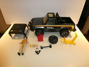 Vintage 1979 Big Duke Roughneck Bronco Black Tonka Driver and Accessories