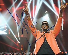 SINGER USHER RAYMOND HAND SIGNED AUTHENTIC 8X10 PHOTO w/COA R&B LEGEND