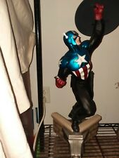 Sideshow collectibles premium format statue  Captain America