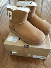 New In Box UGG MINI BAILEY FLUFF BUCKLE  Boots size US 10 UK 8