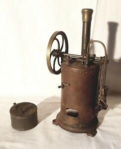 Rare Machine a Vapeur Maison BENOVOLO en cuivre - 26 cm