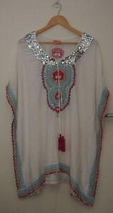 Ruby Yaya White Embroided Kaftan/Top   ~Size Large~