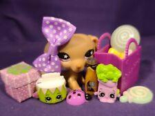 Authentic Littlest Pet Shop #932 Dachshund Puppy Dog Brown Pink Star Eyes