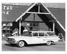 1960 Chevrolet Parkwood 4 Door Station Wagon Factory Photo uc2421-DQNRYB