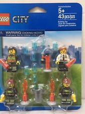 Lego Retired City Firefighter Minifigures 850618 Fire Accessory Kit ~ New