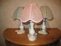 *NEW* Lampe de chevet H.30cm pied en bois abat-jour bleu ( à gauche ) Lamp