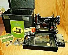 Singer Featherweight Sewing Machine with many extra's 1930's  # is AF177268
