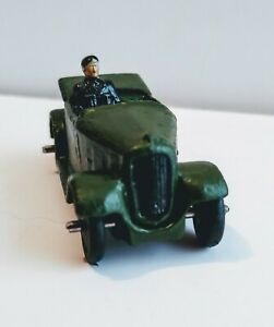 Dinky Toy Military 152-C-35-D Austin 7 Officers Car    1935 - 1940  Pre War