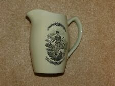 "COPELAND SPODE PALE GREEN JUG ADVERTISING ""SQUIRES"" BREWERIANA / GIN??"