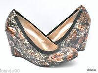 New BCBG Generation *NALISA* Wedge Pump Round Toe Heel Patent Shoe ~Snake *6/36