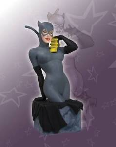 Catwoman Bust  --  (Women of the DC Universe)