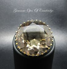 Vintage 9ct Gold 46 carat Pale Smoky Quartz 25mm diameter Brooch 11.46g