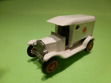 EFSI HOLLAND 1:65?  T FORD T-FORD 1919 -  AMBULANCE - VERY GOOD