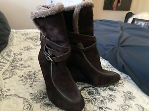 EUC Women's Joan & David Genuine Leather Shearling Ankle Boot, Brown Wedge, 5.5