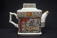 Sadler Teapot Robin Hood in Sherwood Forest - Gold Trimmed