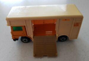 Lesney Matchbox Superfast Series No. 40 Horse-Box 1977 Vintage Toy Car Diecast