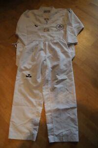 Daedo Taekwondo Anzug, Größe 170 weiß mit Logo einer Sportschule