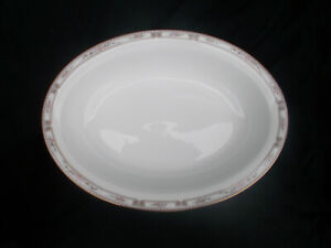 Wedgwood COLCHESTER  Open Oval Vegetable Dish. 10¼ x 7 5/8 inches