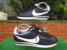 RARE AUTHENTIC NIKE CORTEZ BLACK & WHITE MENS TRAINERS SIZE 6