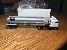 Winross Mack MH600 BASF Tractor/Tanker Trailer 1/64