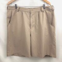 Under Armour Mens Athletic Golf Shorts Size 38 Beige Flat Front 100% Polyester