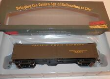 Roundhouse HO Scale 50' Pacific Fruit Express Express Reefer #RND86672 NIB