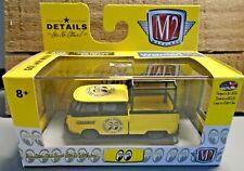M2 MACHINES 1960 VW DOUBLE CAB TRUCK USA MODEL 1:64 DIE CAST CAR 1/7800 MOONEYES